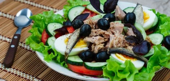 Est-ce bon de manger de la salade le soir ?