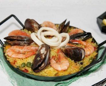 Quel vin avec paella poulet fruits mer ?